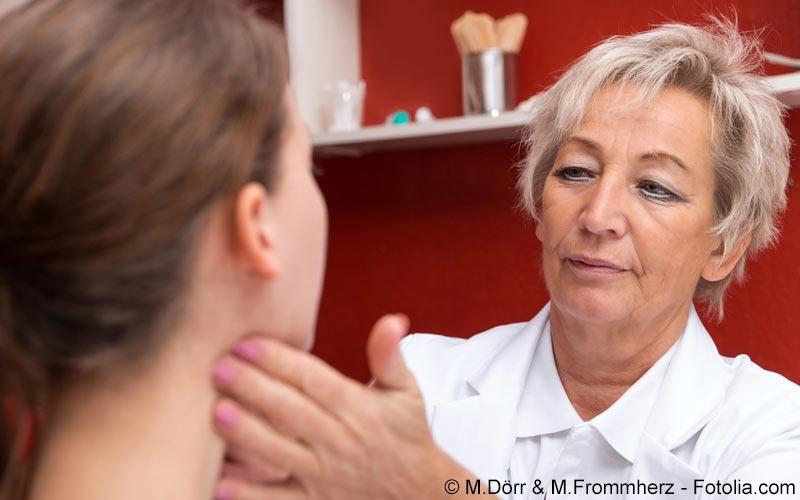 Drüsenuntersuchung beim Arzt
